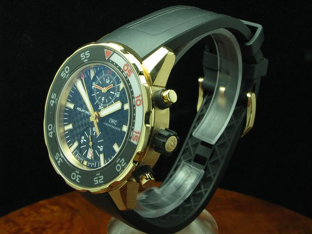IWC AQUATIMER 18kt 750 GOLD CHRONOGRAPH INKL BOX & PAPIERE / REF IW376905