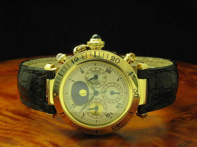 Cartier Pasha 18kt 750 Gold 3 Time-Zones Automatic Herrenuhr / Ref M204579/0925