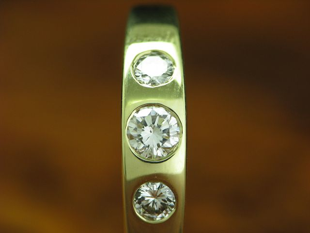 14kt 585 GOLD RING MIT 0,42ct BRILLANT BESATZ / DIAMANT / RG 56 / 2,9g