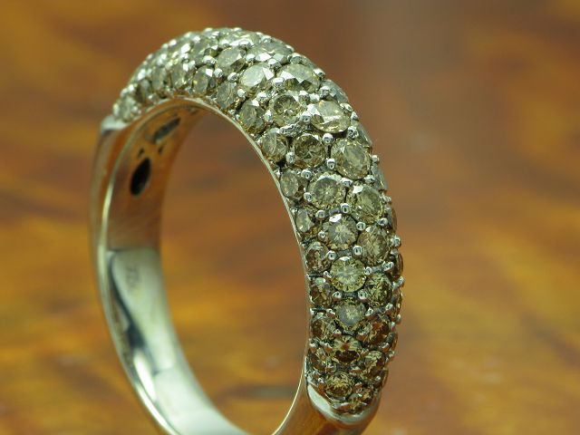 18kt 750 WEISSGOLD RING MIT 1,76ct CHAMPAGNER BRILLANT BESATZ / BRILLANTRING DIAMANTRING